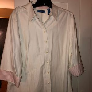 NWT KAREN SCOTT 3/4 SLEEVE BUTTON BLOUSE